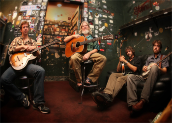 Emmitt Nershi Band to play Northwest String Summit July 21-24 at Hornings Hideout, Ore.