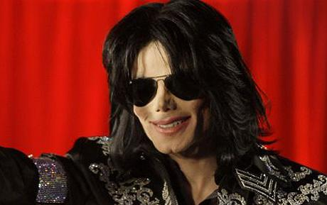 Michael Jackson Dead at Age 50